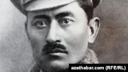 Gaýgysyz Atabaýew (1887-1937), TSSR Halk Komissarlar Sowetiniň başlygy, 1933 (Arhiwden alnan surat)