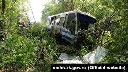 Рейсовый автобус после аварии, 29 мая 2018 года