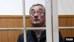 Vyacheslav Gaizer, Komi's regional governor, attends a court hearing in Moscow, on September 20.
