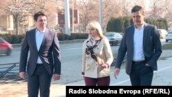 Поранешниот министер за транспорт и врски Миле Јанакиески, пратеничката Даниела Рангелова и советникот во Општина Центар Томислав Лазаров пред Кривичниот суд во Скопје