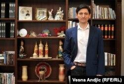 """""""Srbija ne priznaje Krim, kao što Ukrajina ne priznaje Kosovo. Naše dve zemlje su prijateljske i nadam se da u budućnosti neće biti takvih provokacija na račun Srbije i Ukrajine"""", rekao je Oleksandrovič."""