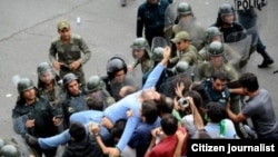 برخورد معترضان نتايج انتخابات ايران و نيروهای انتظامی و امنيتی