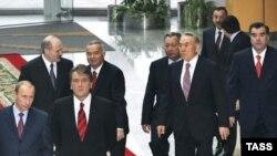 Спокойная передача власти преемнику является проблемой для лидеров многих стран СНГ