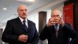 Президентите на Беларус Александър Лукашенко (вляво) и Владимир Путин по време на среща през 2019 г.