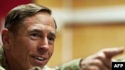 Генерал Дэвид Петрэус эндиликда АҚШ Марказий разведка бошқармасини бошқаради.