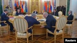 ЖККУнун Москва саммити, 23-декабрь, 2014