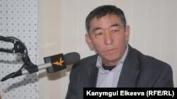 Манас Саматов.