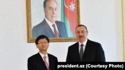 Azərbaycan prezidenti İlham Əliyev Çin təmsilçisi Meng Jianzu ilə görüşdə, 21 may, 2016-cı il
