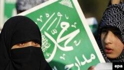 Pakistanda siyasi islam partiyası - Camaat İslami partiyasının tərəfdarlıarı
