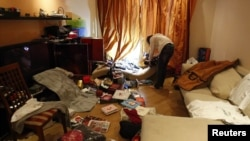 Квартира Алексея Навального после обыска 11 июня 2012 года