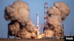 Пуск российской ракеты-носителя «Протон-М» с Байконура. Иллюстративное фото.