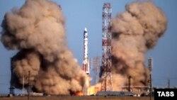 Пуск ракеты-носителя «Протон-М» с космодрома Байконур. Иллюстративное фото.