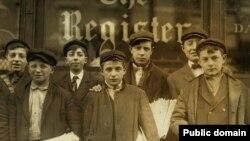 Богатство газетных магнатов начиналось с газет, которые продавались мальчишками по пенни за экземпляр