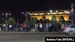 Miercuri seara în Piața Victoriei la București