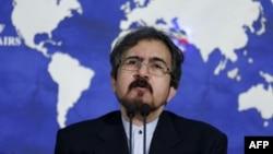 بهرام قاسمی گفته است طی ماههای آینده هیئتهایی بین ایران و اتحادیه اروپا تبادل خواهد شد، اما موضوع گفتوگوها الزاماً حقوق بشر نیست.