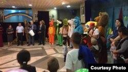 Открытие фестиваля в Государственном театре кукол имени М. Жангазиева. 26 мая 2017 года.