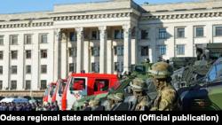 Будинок профспілок в Одесі. Майже дві з половиною тисячі правоохоронців від 28 квітня переведені на посилений режим