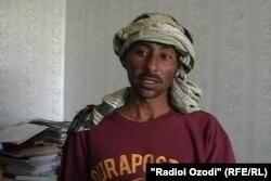 Гражданин Афганистана Азиз Валади Сохиб, задержанный на таджикско-афганской границе с 16 килограммами героина. Таджикистан, 29 июня 2011 года.