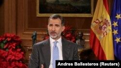 Mbreti Felipe gjatë fjalimit të mbrëmshëm televiziv