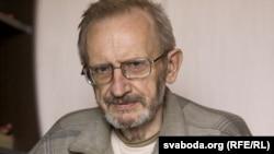 Барыс Звоскаў