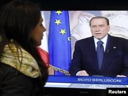 Vijesti o ostavci Silvia Berlusconia, 14. novembar 2011.