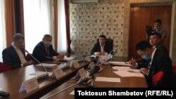 Депутаттык комиссиянын жыйыны, 2-июнь, 2020