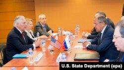 ԱՄՆ պետքարտուղարի և ՌԴ ԱԳ նախարարի հանդիպումը Մանիլայում, 6-ը օգոստոսի, 2017թ․