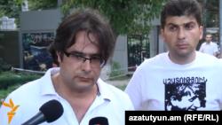 Члены гражданской инициативы «Вставай Армения!» Андриас Гукасян и Давид Санасарян (архив)