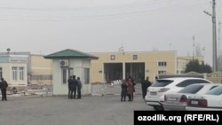 КПП на узбекско-таджикской границе.