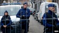 Бельгиялық полиция қызметкерлері. (Көрнекі сурет.)