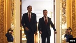 اوباما و مدودف نسبت به آغاز دور تازه ای از روابط میان آمریکا و روسیه ابراز امیدواری کردند.