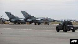 Թուրքիա - Գերմանիայի ռազմաօդային ուժերի Tornado ինքնաթիռները Ինջիրլիք ռազմակայանում, արխիվ