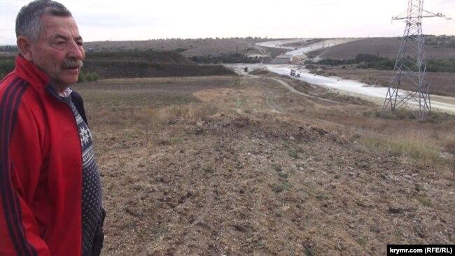 Сергей Лавров на участке, село Донское