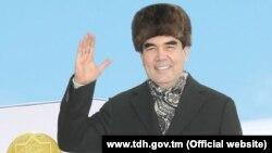 Türkmenistanyň prezidenti Gurbanguly Berdimuhamedow. (Türkmenistanyň Döwlet habarlar gullugynyň resmi websaýtyndan alnan surat)
