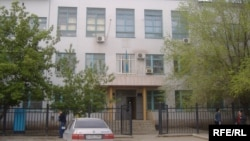 Здание городского суда Актобе. 14 мая 2009 года.