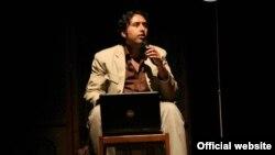 مهدی موسوی، شاعر، از اواسط آذر ماه تاکنون در بازداشت است