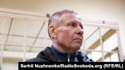 Один із трьох фігурантів «справи рюкзаків» Сергій Чеботар у залі суду, 1 листопада 2017 року
