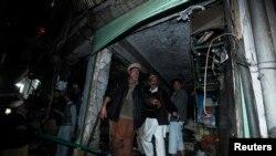 Pamje pas një sulmi të mëparshëm me bombë në Peshavar të Pakistanit