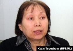 Раушан Барлыбаева, гражданский активист. Алматы, 20 марта 2012 года.