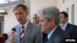 Пол Волерс и Али Ахмети, 10.02.2012