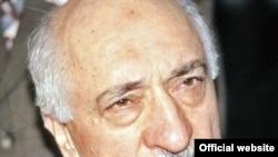 «Nurçu»ların lideri Türkiyə vətəndaşı Fətullah Güləndir