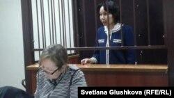 Экс-председатель агентства по статистике Анар Мешимбаева выступает в суде. Астана, 10 февраля 2014 года.