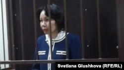 Анар Мешимбаева, бывший председатель агентства по статистике Казахстана, в зале суда.