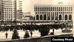 The 1986 protests in central Almaty, on what was then called New Square, attracted thousands of students and young people.