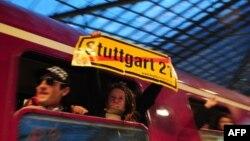 Протесты против реконструкции вокзала в Штутгарте продолжились и после проведения всенародного референдума