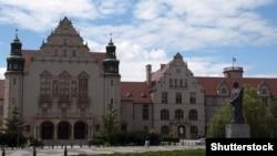 Університет імені Адама Міцкевича в польській Познані – один із небагатьох європейських навчальних закладів, що займаються промоцією української культури