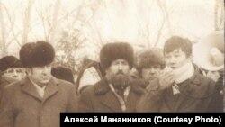 Алексей Мананников на митинге в Новосибирске. Конец 1980-х годов