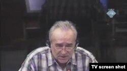 Momir Nikolić u sudnici, 15. veljače 2012.
