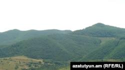 Нагорный Карабах - это всего 50 000 человек и два десятилетия нерешаемой проблемы