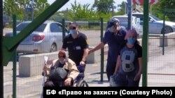 КПВВ «Станиця Луганська» на Донбасі